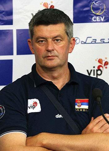 Aleksandar Vladisavljev, odbojkaški trener