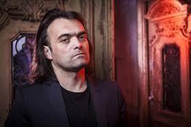 Darko Markov – pisac, glumac, producent, taksista, biciklista…